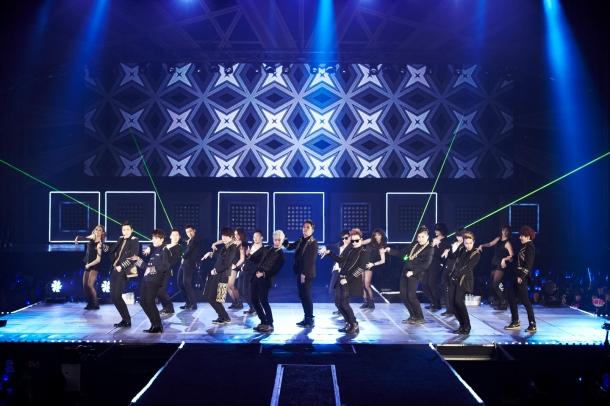 Super Junior group shot _2