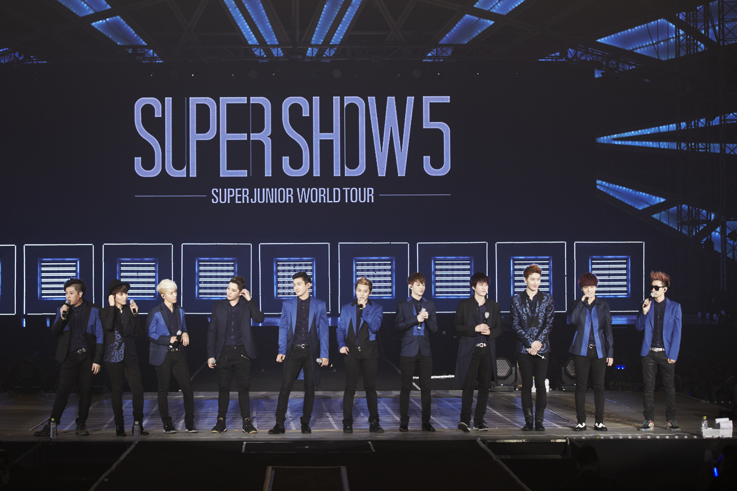 Super Junior group shot _9