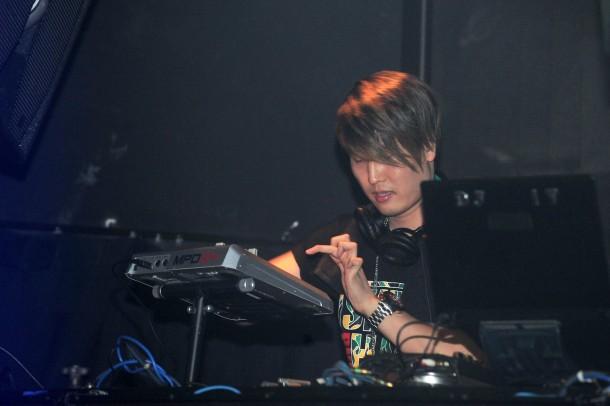 DJ IT 4