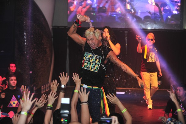 Skull & Haha first Singapore fan meet - 20 July 2013 - 9